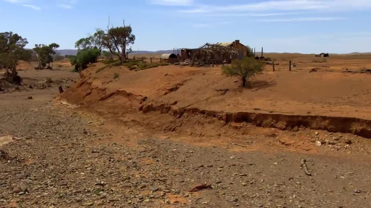 Le réchauffement climatiques engendrent des sécheresses (Source : film Home de Yann Arthus Bertrand)