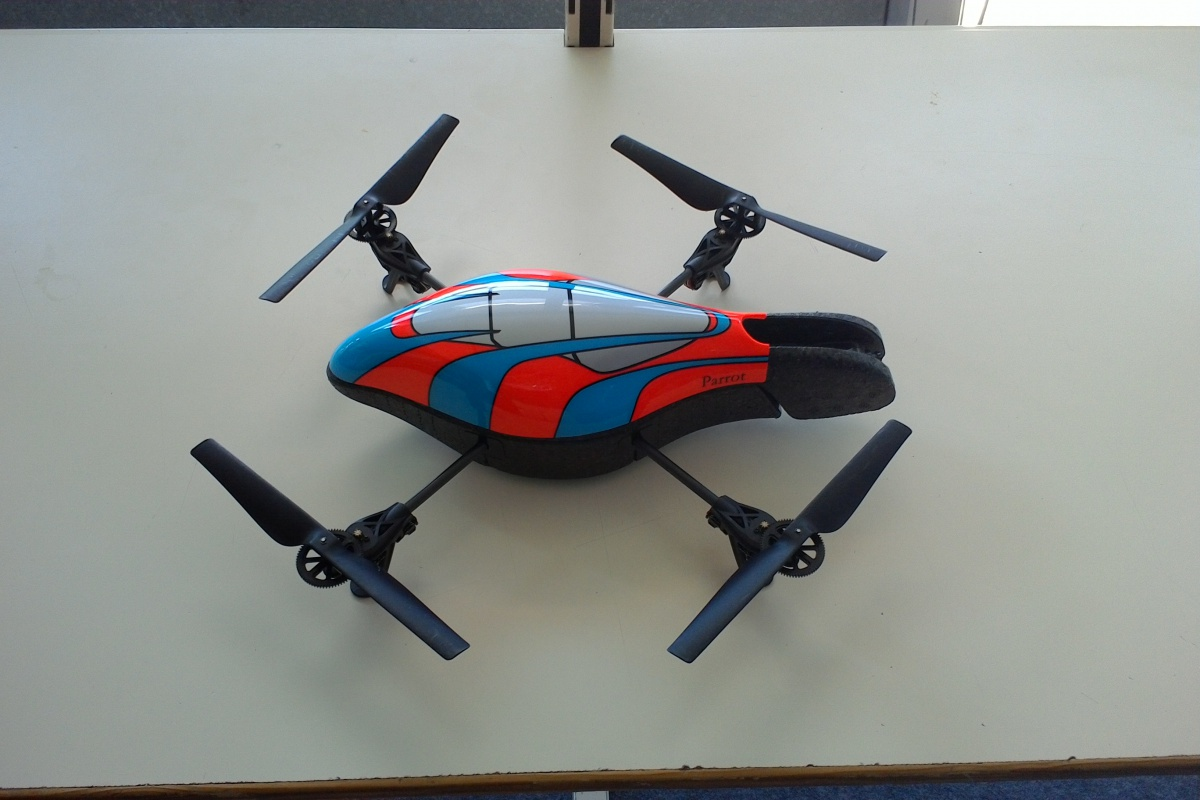 drone-ar-parrot-coque-protection-systeme-lp2i