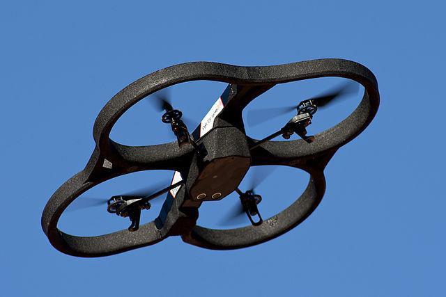 drone-ar-parrot-vue-de-dessous-wikipedia
