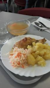 Le déjeuner à la cantine